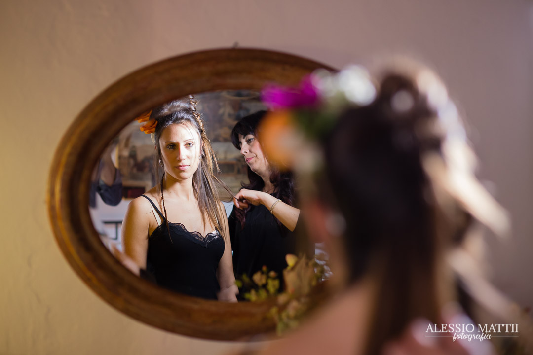 Preparativi sposa matrimonio country agriturismo firenze - fotografo matrimonio Toscana