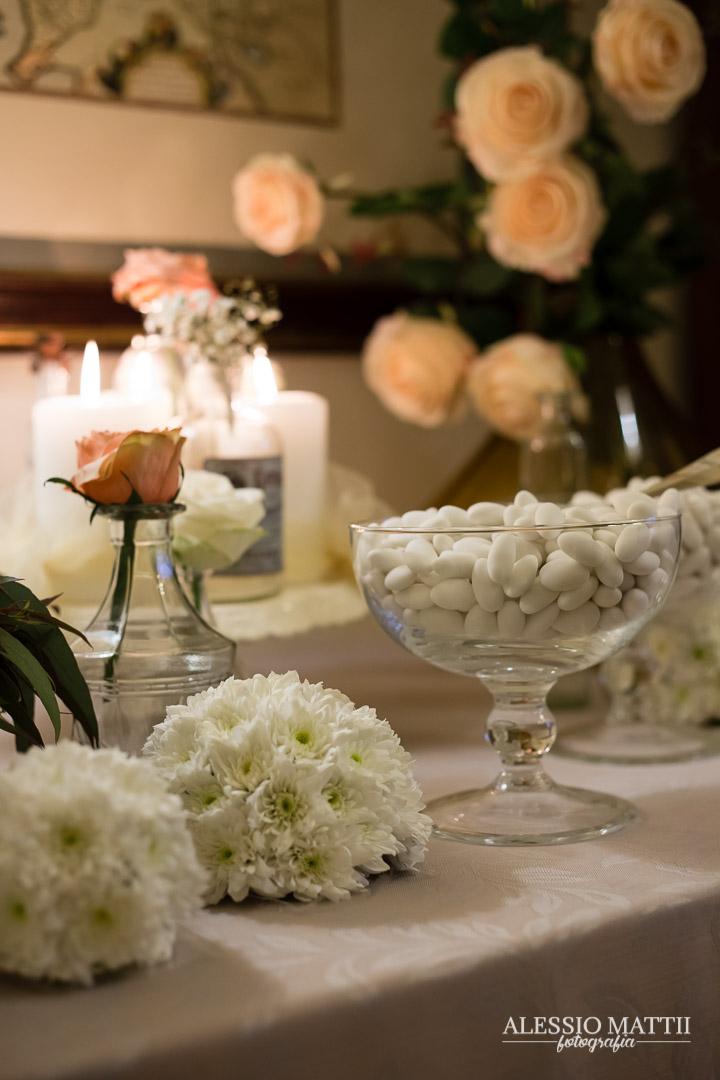 Confettata matrimonio Montaione Firenze - fotografo matrimonio Toscana