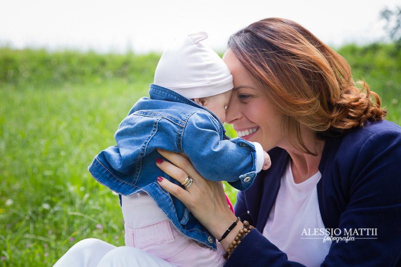 Servizio fotografico mamma bambini - festa della mamma - servizio fotografico famiglia