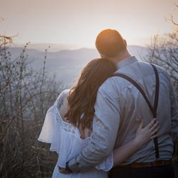 Elopement photographer Tuscany Vallombrosa